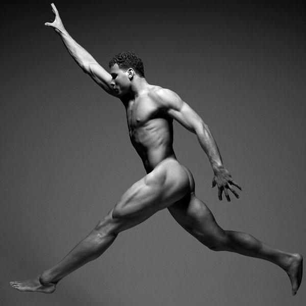 blake_griffin_takes_it_all_off_for_espn_the_magazine